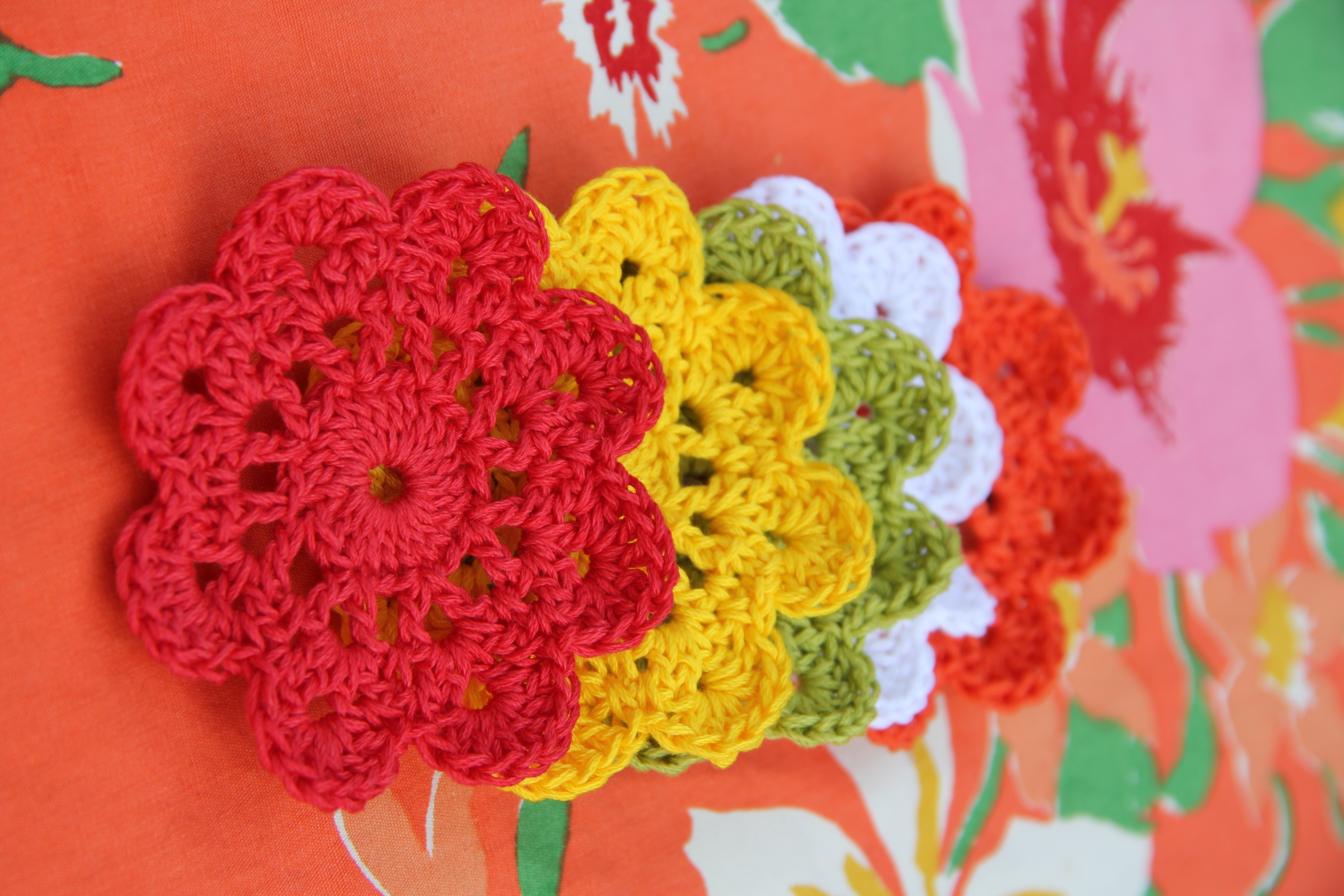 Free Online Crochet Patterns For Coasters : flower coasters - DriverLayer Search Engine