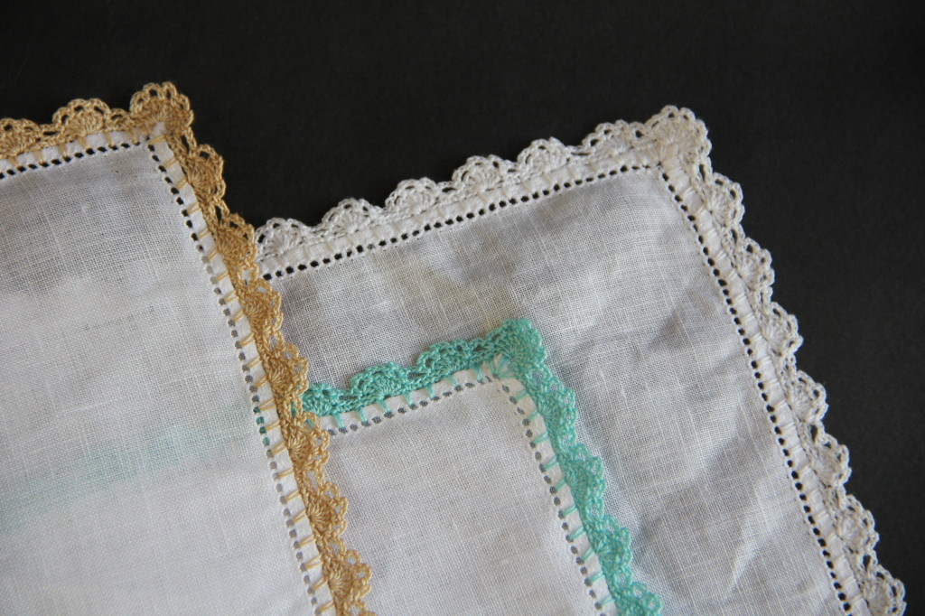 alipyper - eyelet lace crochet edging pattern irish linen handkerchief